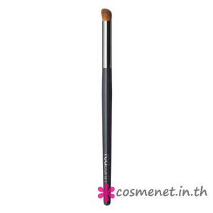 Angled Eye Contour Brush