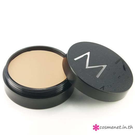 Studio Foundation Ultra